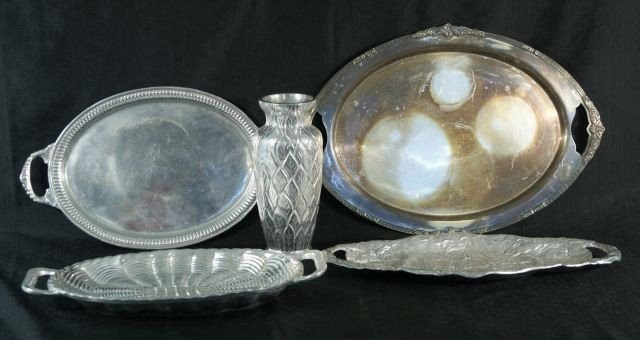 2: FIVE ASSORTED SILVER PIECES