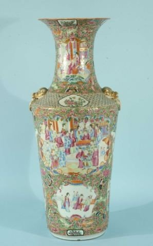 8: QING DYNASTY CHINESE ROSE MEDALLION URN