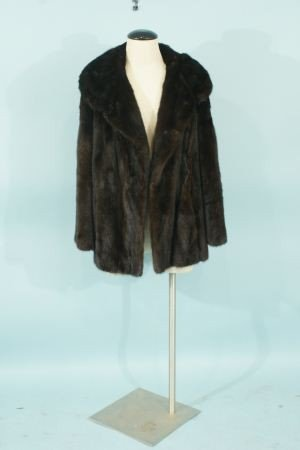 38: NATURAL RANCH MINK JACKET BY SAKOWITZ