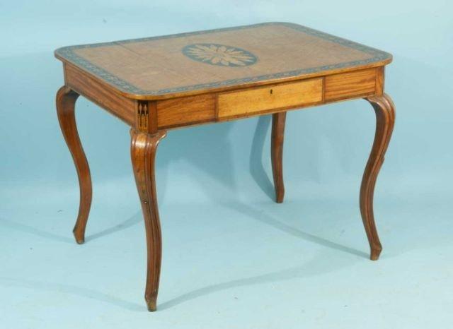 42: SHERATON MAHOGANY WITH SATINWOOD INLAID TABLE