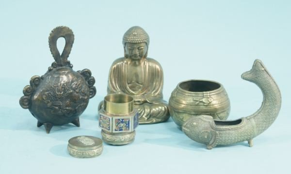 2: MIXED LOT OF SEVEN ORIENTAL BRASS & BRONZE OBJECTS - 2