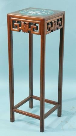 21: CARVED ORIENTAL ROSEWOOD PEDESTAL TABLE