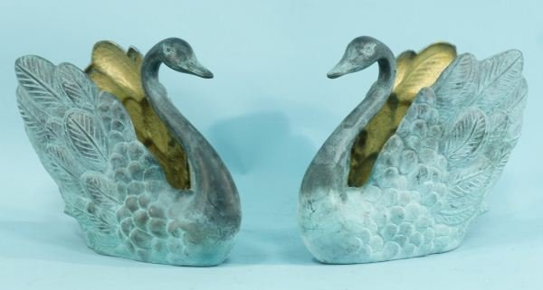 6: PAIR OF BRONZE SWAN COMPOTES