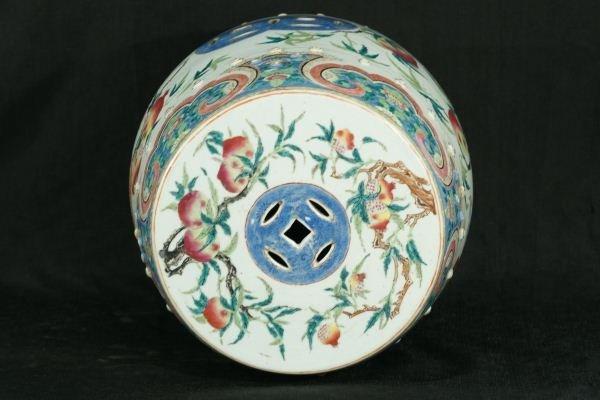 12: 19th CENTURY CHINESE PORCELAIN GARDEN STOOL - 3