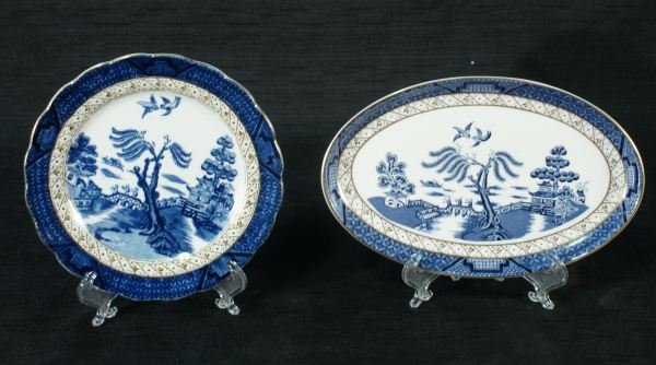 102: FIVE ANTIQUE BLUE WILLOW DISHES BY ROYAL DOULTON - 3