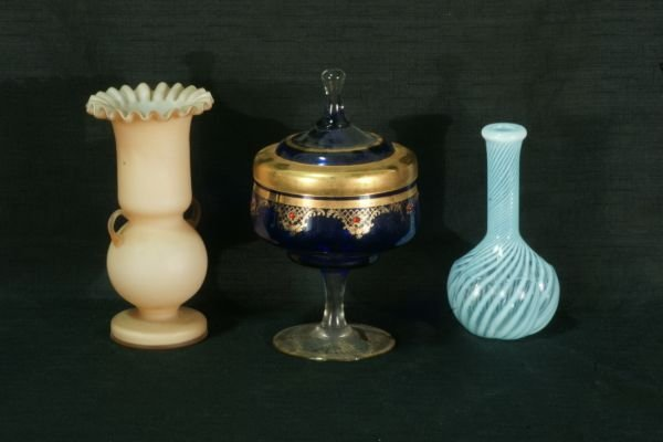6: THREE PIECE GLASS LOT. TWO VASES AND ONE COMPOTE