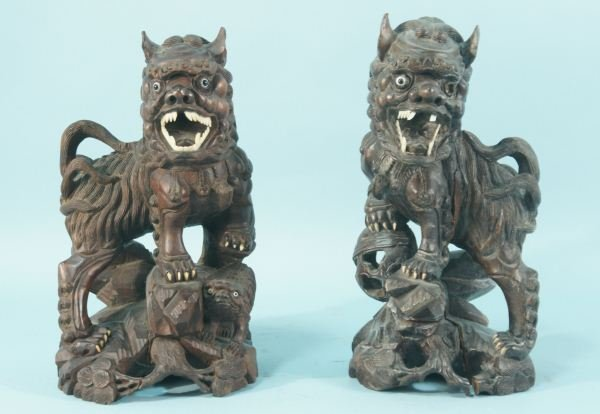 15: PAIR OF ANTIQUE WOOD CARVED FOO LIONS