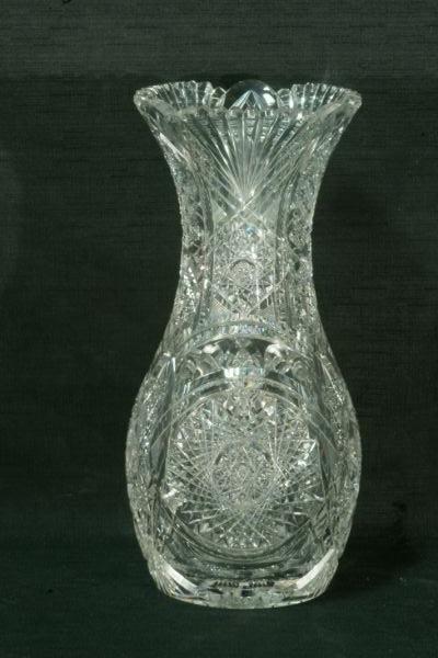 105: ANTIQUE AMERICAN CUT GLASS VASE