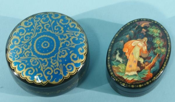 13: LOT OF TWO RUSSIAN LACQUER BOXES