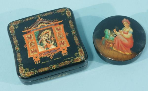 14: LOT OF TWO RUSSIAN LACQUER BOXES