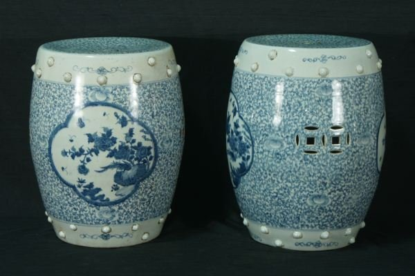 11: PAIR CHINESE BLUE & WHITE PORCELAIN GARDEN STOOLS