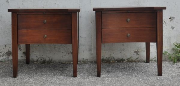 18: PAIR OF SIDE TABLES