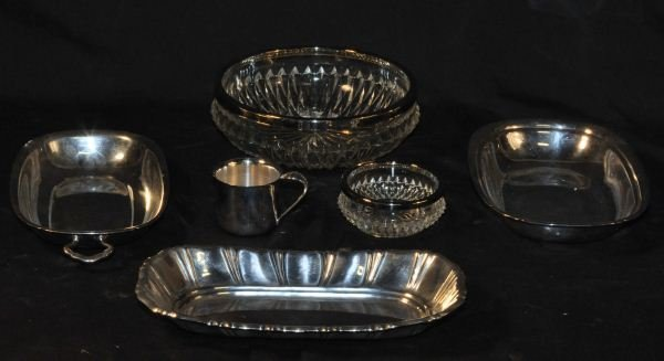 2: LOT OF FIVE SILVERPLATED PIECES