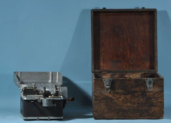 """VINTAGE 'DOWNEY JOHNSON"""" COIN COUNTER WITH BOX"""
