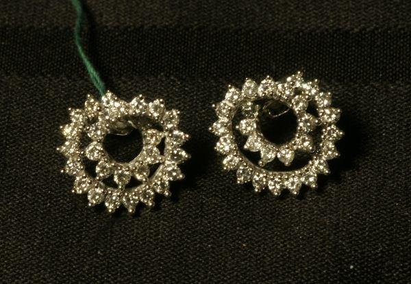 14KT WHITE GOLD DIAMOND +/-1.70 CT TW EARRINGS
