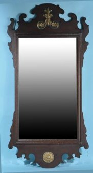 ANTIQUE CHIPPENDALE STYLE MAHOGANY MIRROR