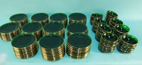 MIXED LOT OF GREEN GLASS CHRISTMAS DINNERWARE
