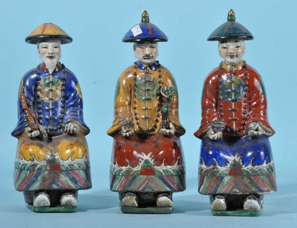 SET OF THREE CHINESE PORCELAIN FIGURES