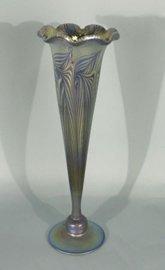TIFFANY STYLE IRIDESCENT ART GLASS BUD VASE