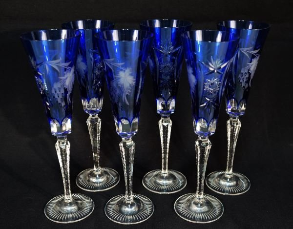 LOT OF SIX NATCHMANN CUT CRYSTAL CHAMPAGNE FLUTES