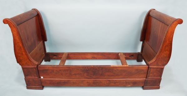 ANTIQUE FRENCH SLEIGH DAY BED, CIRCA 1840