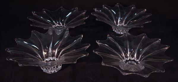 LOT OF FOUR ART GLASS BOWLS