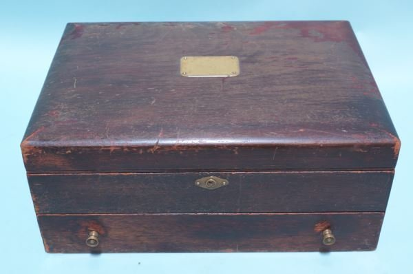 LARGE VINTAGE SILVERWARE BOX