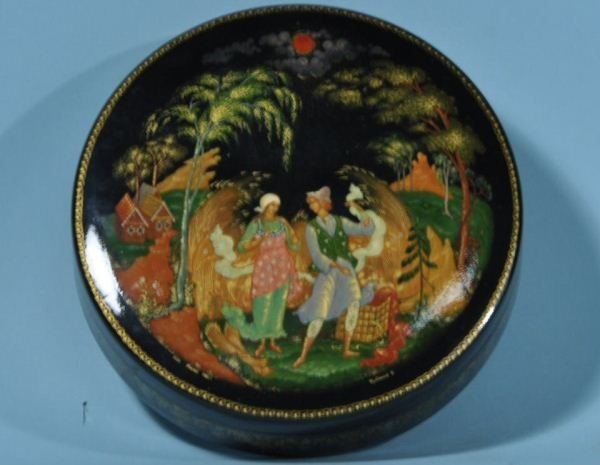 RUSSIAN LACQUERED BOX