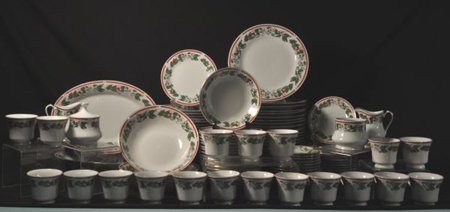 """113-PIECES OF LYNNS """"ST. MARIA"""" CHRISTMAS CHINA"""