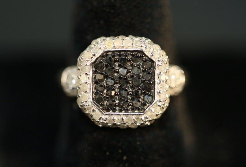 S. S. 1 CT. GENUINE BLACK & WHITE DIAMOND DINNER R