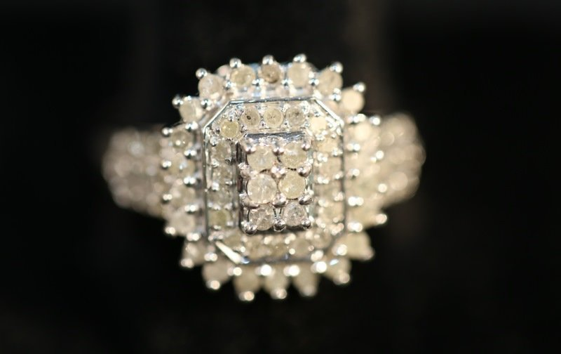 S. S. 1 CT. DIAMOND DINNER RING