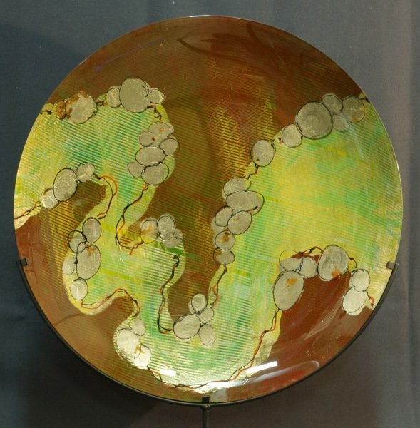 EVANS DESIGN ART GLASS CHARGER ON STAND
