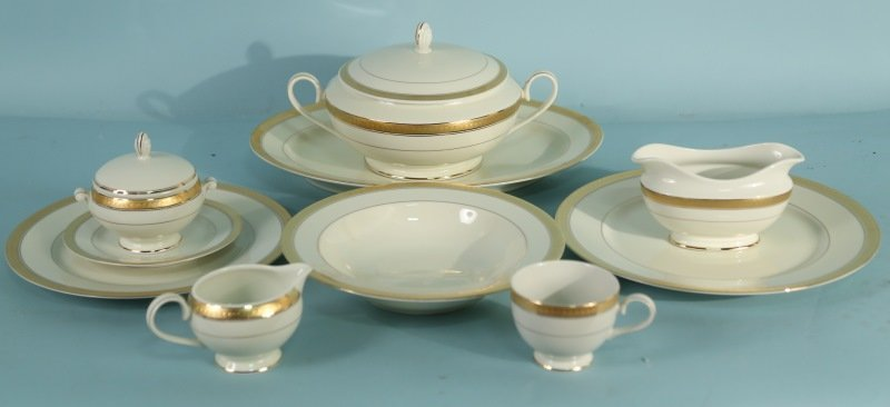 "LOT OF 114 PIECES OF MIKASA ""PALATIAL GOLD"" DINNERWARE"