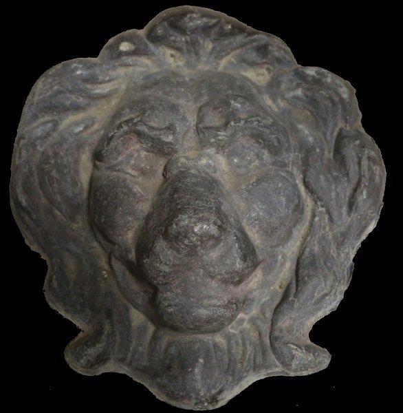 VINTAGE ENGLISH LEAD LION FACE
