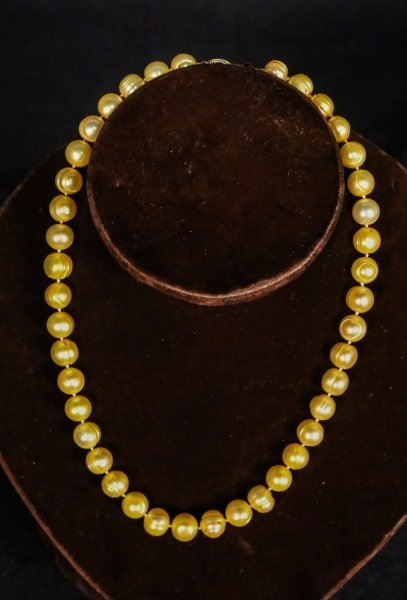 YELLOW FRESH WATER PEARL NECKLACE WITH 14 KT GOLD