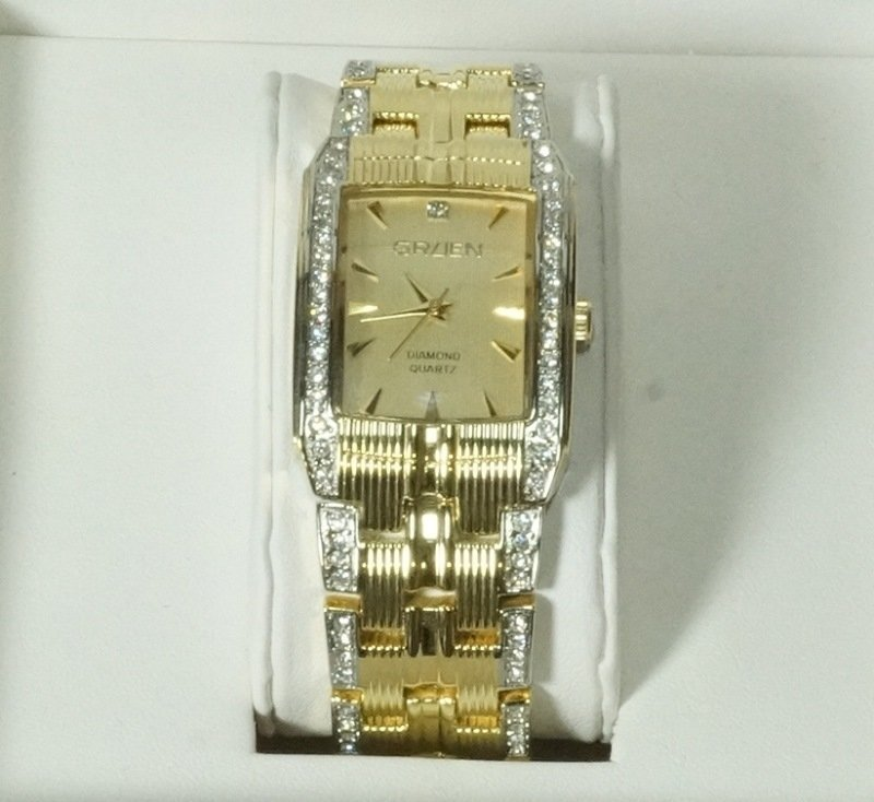 GRUEN DIAMOND QUARTZ WATCH
