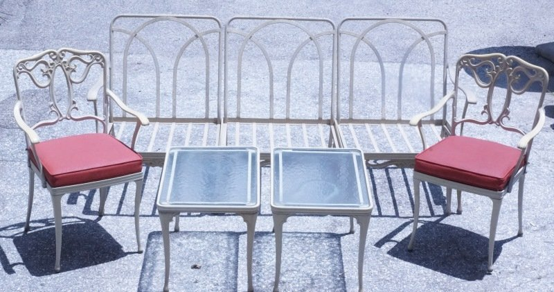 VINTAGE SEVEN-PIECE ALUMINUM PATIO SET