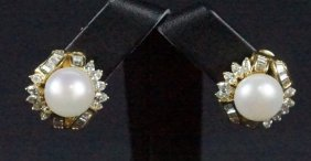 Pair Of Diamond & Pearl 14kt Yellow Gold Earrings
