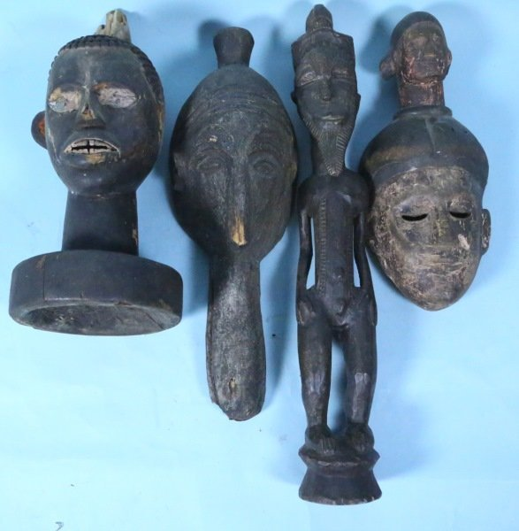 LOT OF FOUR WOOD CARVED AFRICAN PIECES