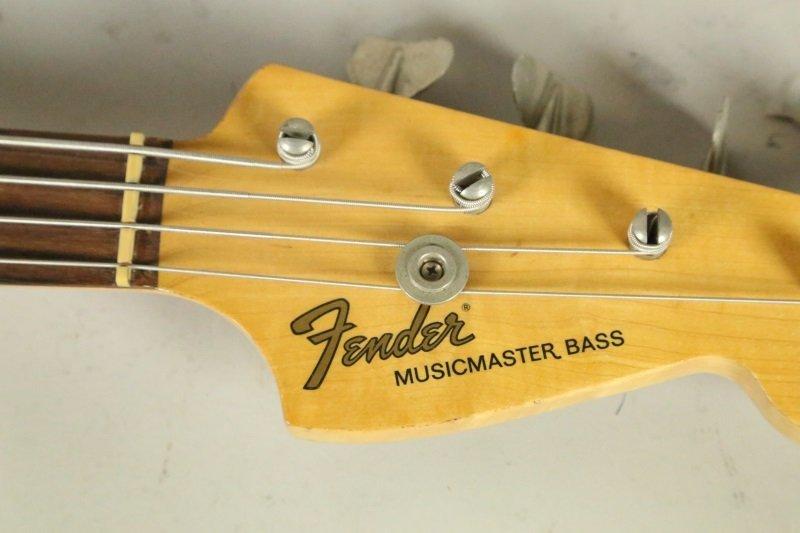 1965 FENDER MUSICMASTER BASS GUITAR - 5
