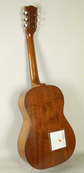 GIBSON C-1 CLASSIC ACOUSTIC GUITAR - 3