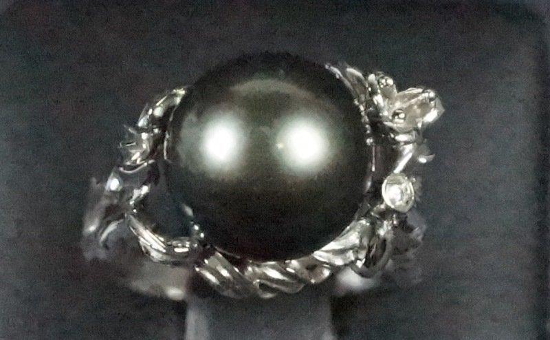 TAHITIAN PEARL & DIAMOND STERLING SILVER RING