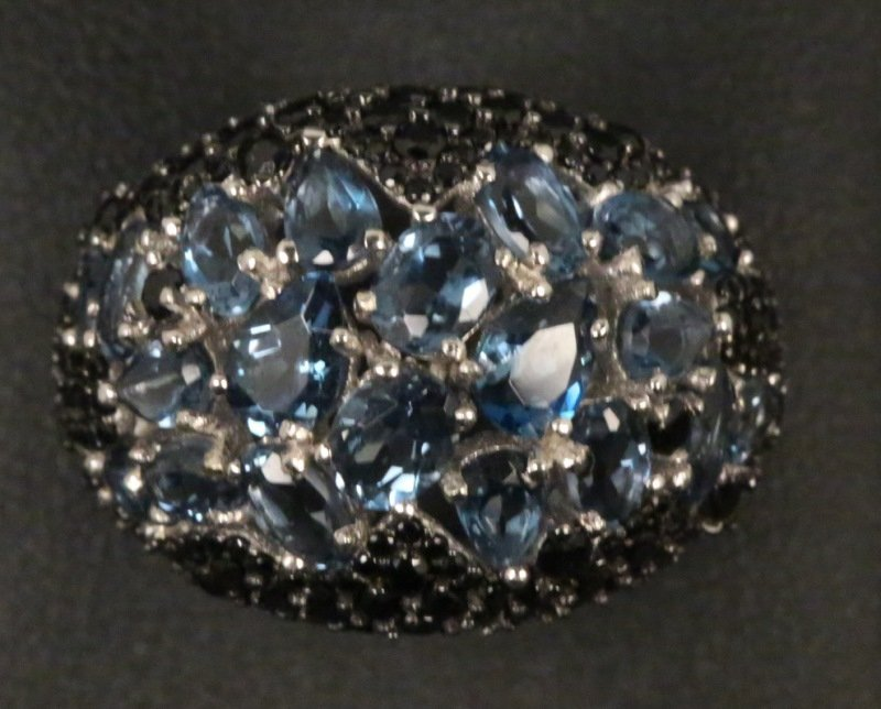 BLUE TOPAZ AND SPINEL RING