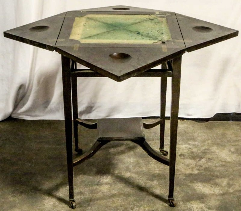 19th CENTURY FOLD OUT HANDKERCHIEF GAME TABLE - 2