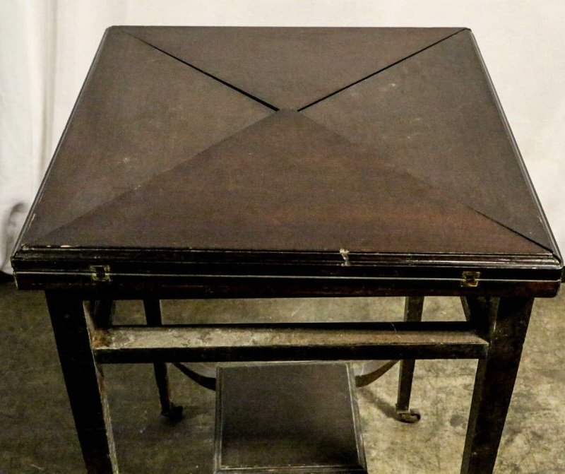 19th CENTURY FOLD OUT HANDKERCHIEF GAME TABLE - 4