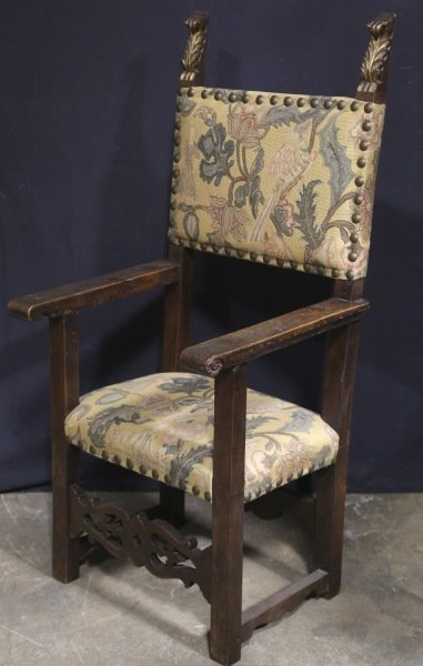 18th CENTURY SPANISH ARMCHAIR WITH TAPESTRY BACK