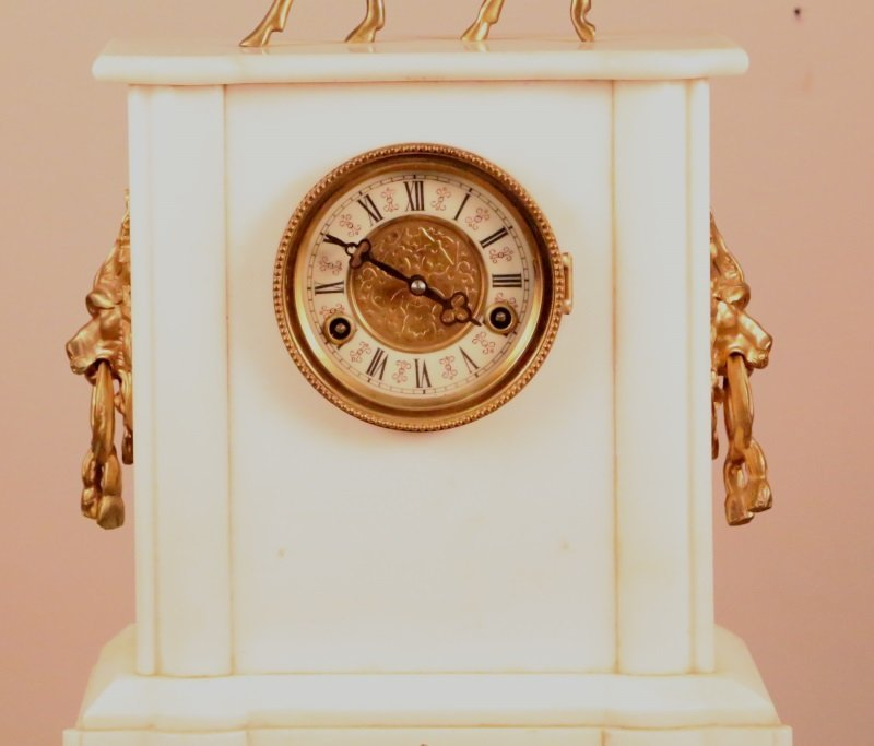 CIRCA 1900 FRENCH MARBLE CLOCK WITH GILT BRONZE - 2