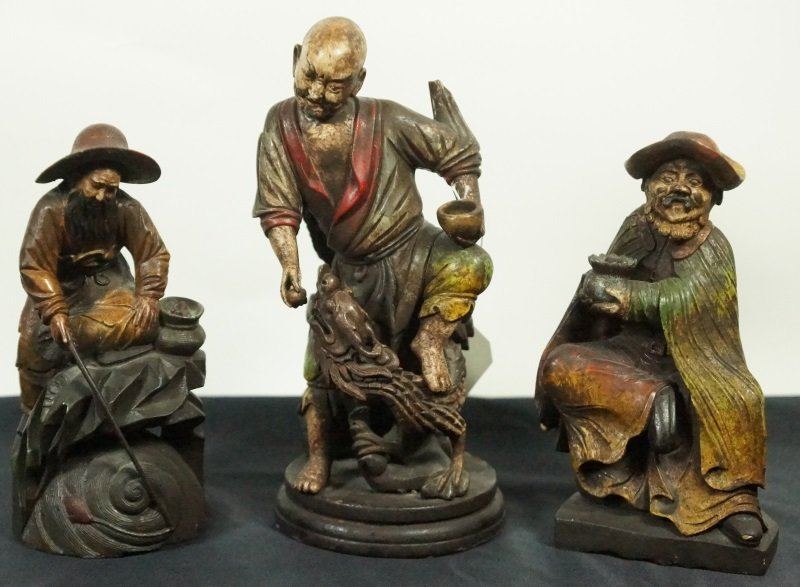 LOT OF THREE WOOD CARVED CHINESE FIGURES - 2