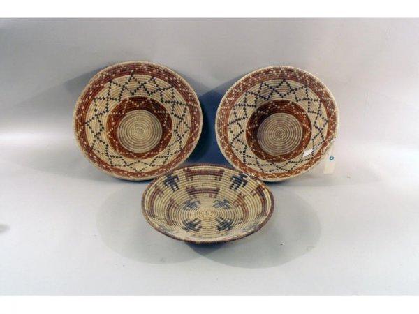 3: 1144: 3 woven straw baskets   17dia,  16 dia,  14