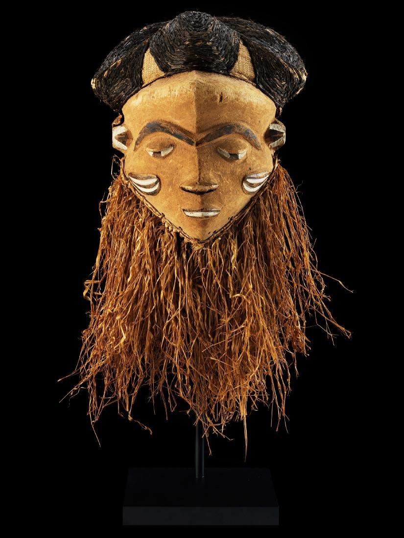 "Maske, ""mbuya"""